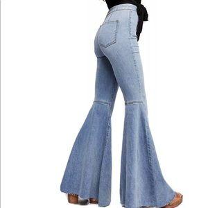Free People Float on Flares light denim flare jeans Size: 29